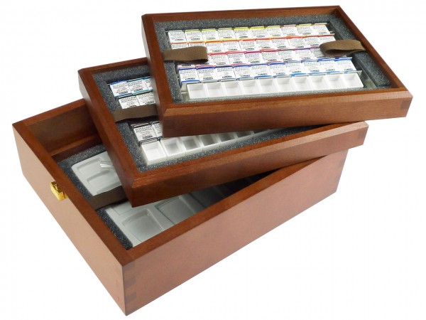Edle Holzbox mit Schmincke HORADAM® feinste Künstlerfarben und Zubehör