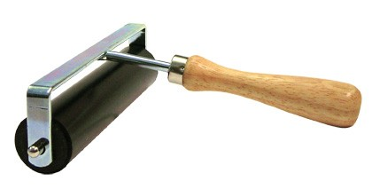Anpresswalze mit Holzgriff / 15 cm